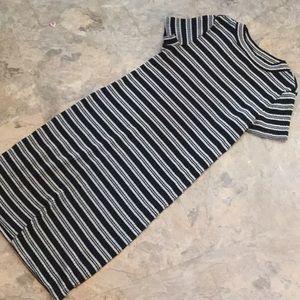 Liz Lange maternity striped ribbed dress